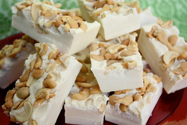 white-chocolate-fudge.jpg