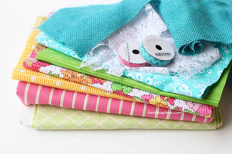 DIY fabric scrap banner... super easy to make and perfect for Spring!