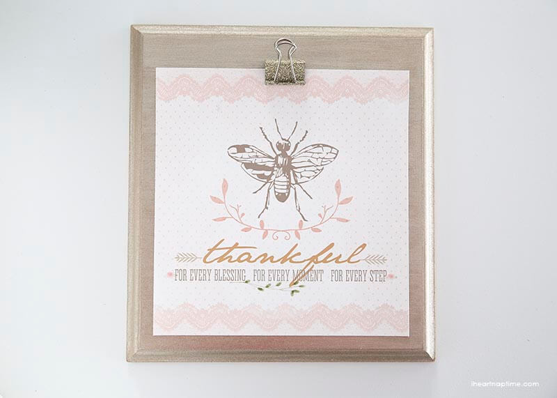 DIY clipboard and glitter clips on iheartnaptime.com ...perfect for hanging up printables and quotes!