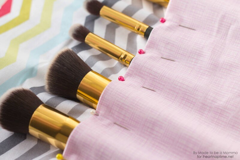 Makeup Brush Roll Brushes on iheartnaptime.com