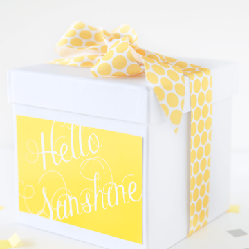 Send a box of sunshine with these 2 free printables on iheartnaptime.com -the perfect gift to send someone to brighten their day!