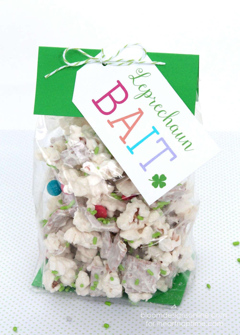 Leprechaun bait with free printables -cute idea for kids on Saint Patrick's Day!