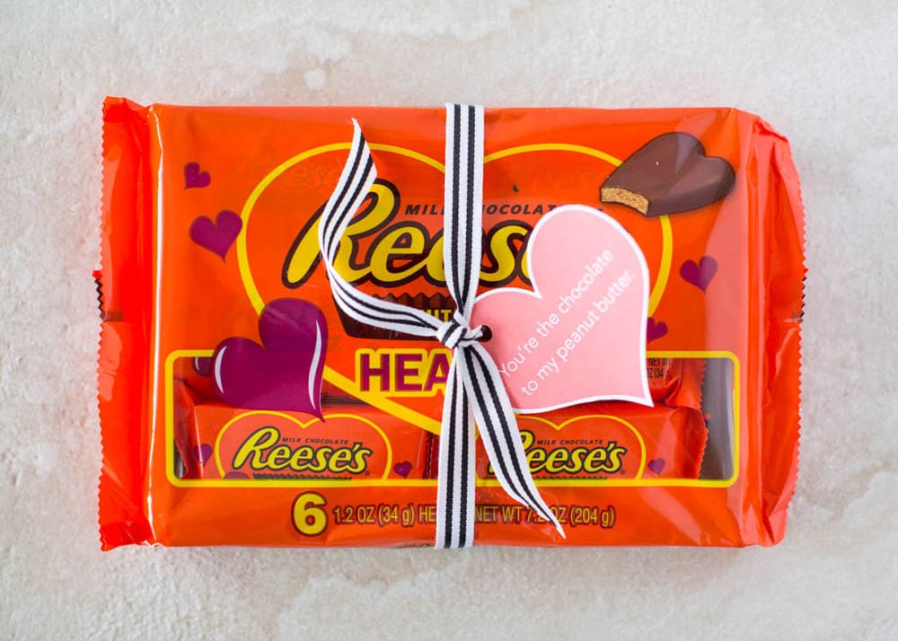 Reese's Valentine Printables - download for free for a cute and easy Valentine's gift!