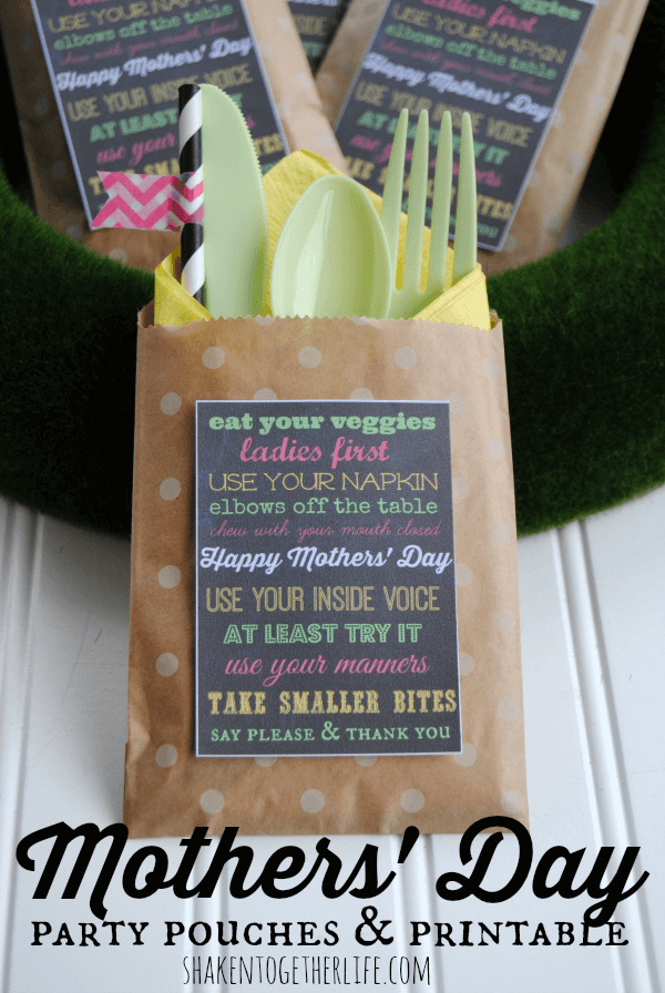 Mother's Day Party Pouches Free Printables + 25 Free Mother's Day Printables - Beautiful and easy gift ideas to honor the women who make the world go round!