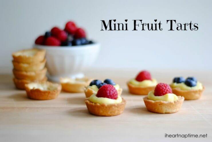 Mini Fruit Tarts + + 50 Festive Memorial Day BBQ Ideas...creative ways to kick-off summer and celebrate our freedom while remembering our fallen heroes!