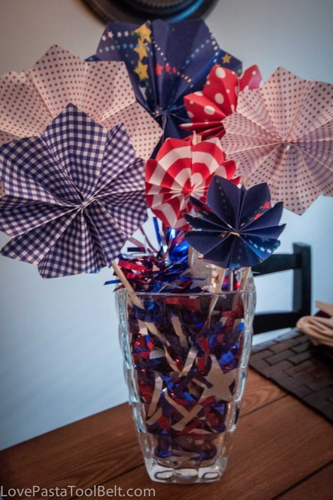 Paper Fireworks Centerpiece + 50 Festive Memorial Day BBQ Ideas...creative ways to kick-off summer and celebrate our freedom while remembering our fallen heroes!