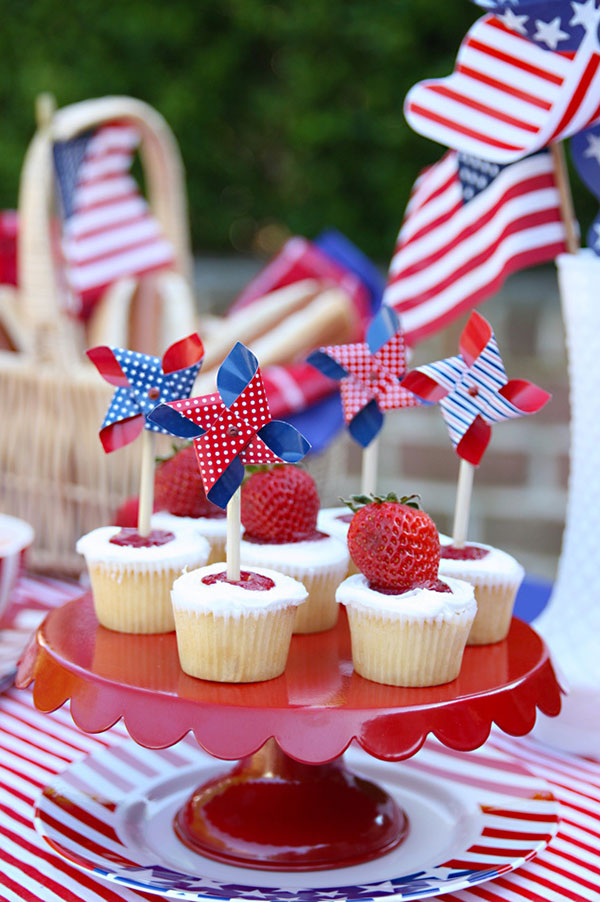 Red, White and Blue memorial day decorations